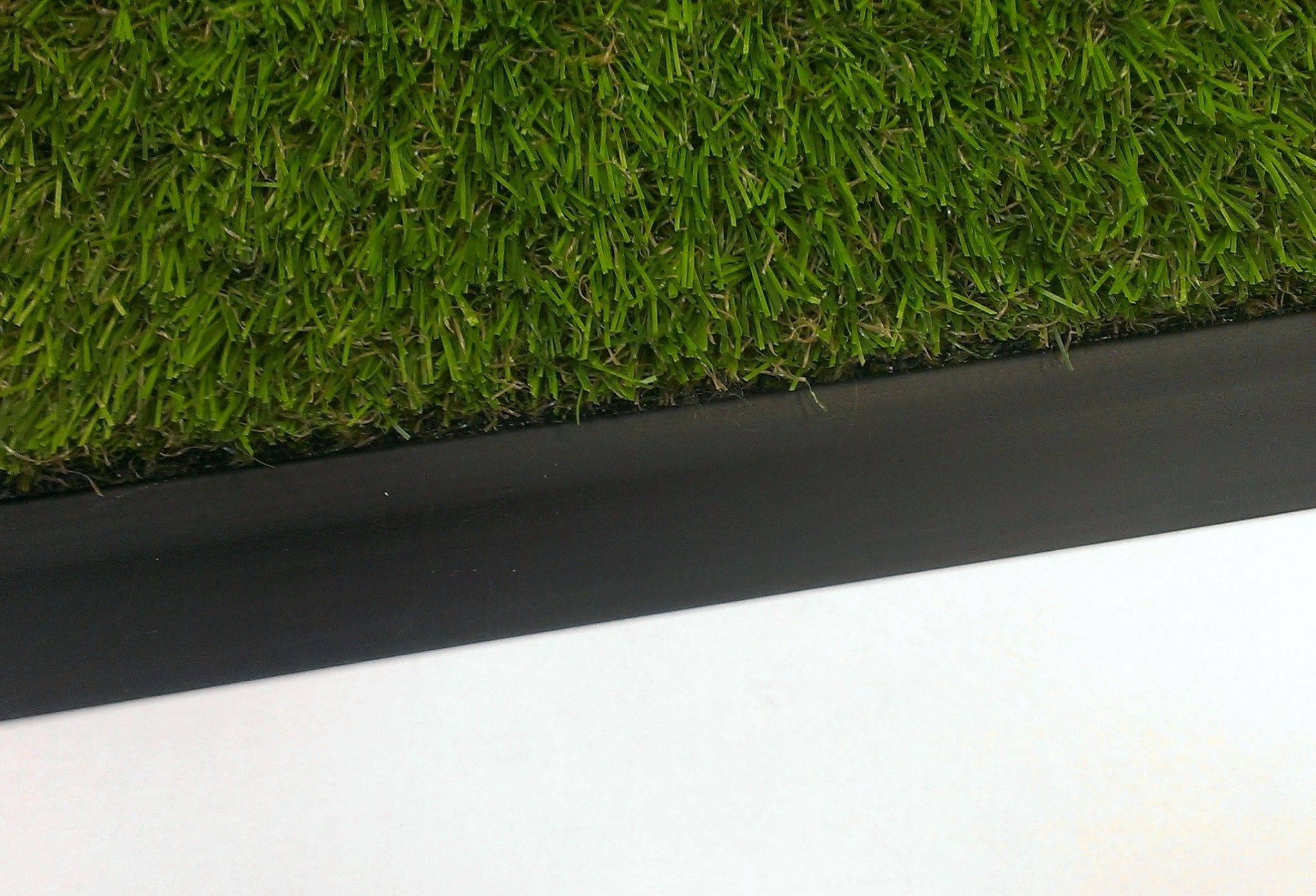 Tough Flexible Edging Trim For Astro Turf Artificial Grass