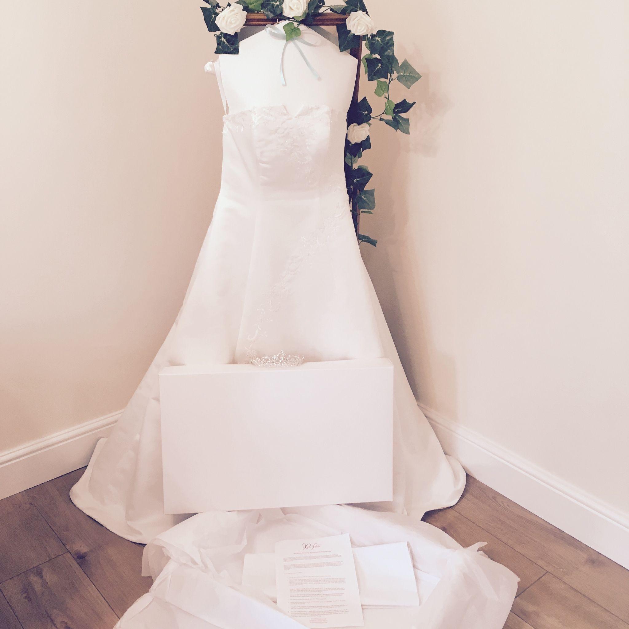 Large Wedding Dress Storage Box White