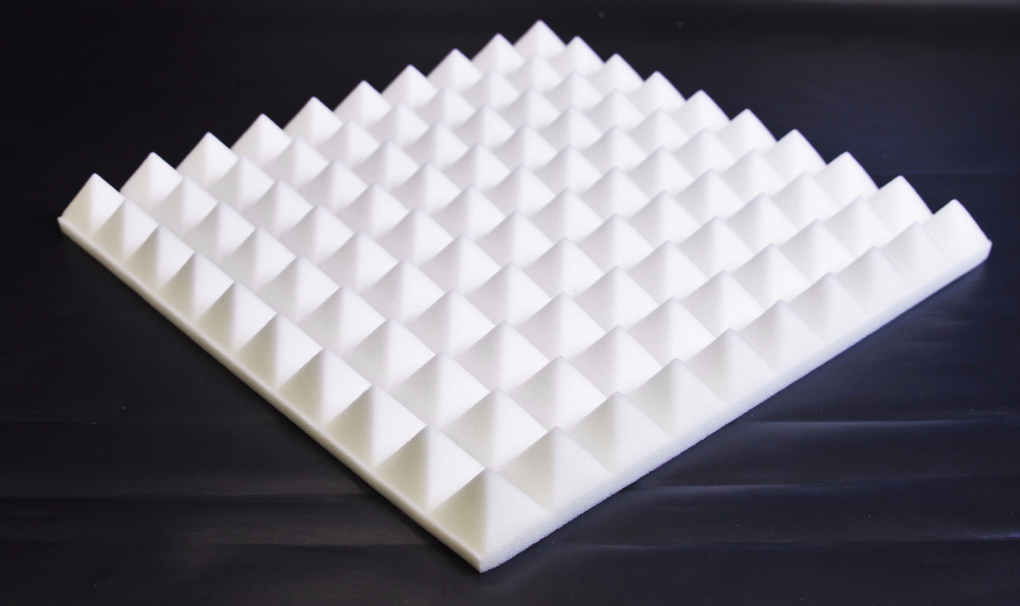 White Pyramid Foam Tiles 8x Profiled Quot Pyramid Quot Foam Panels