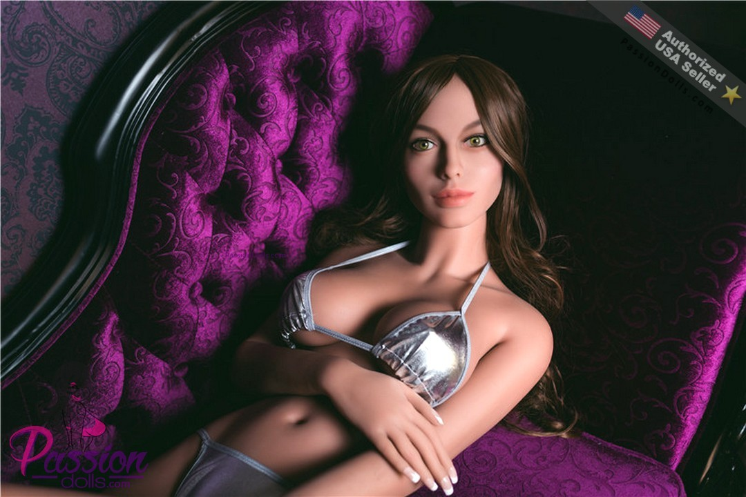 Angelina jolie sex doll