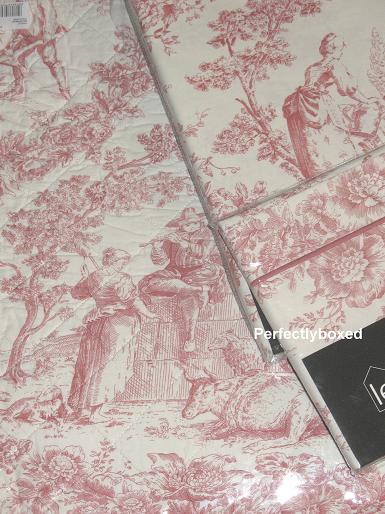 toile de jouy towels at. Black Bedroom Furniture Sets. Home Design Ideas
