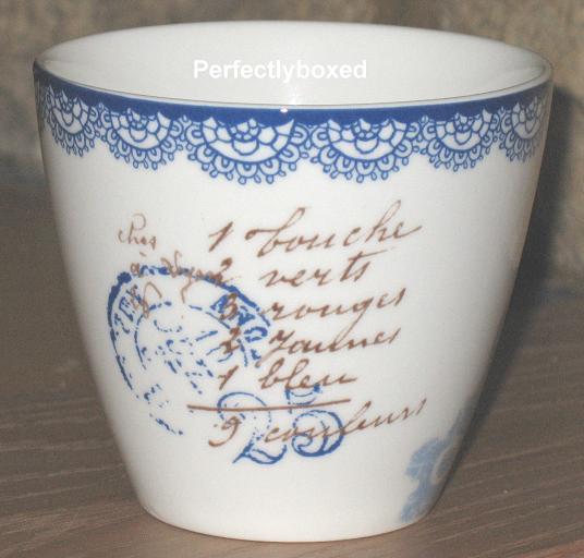 vintage floral mug. Black Bedroom Furniture Sets. Home Design Ideas