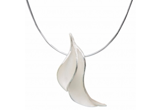 Necklace Leaves 1