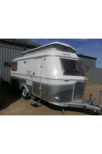 SOLD 2006 Troll 552GT 2 bed with Mover and Awning