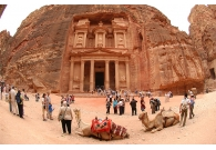 Tour to Petra & Cairo 3 days from Eila..