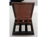 BALSAMIC VINEGAR PGI GIFT SET in a wooden presen..