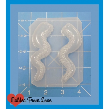 Pair of Detailed Octo Tentic..