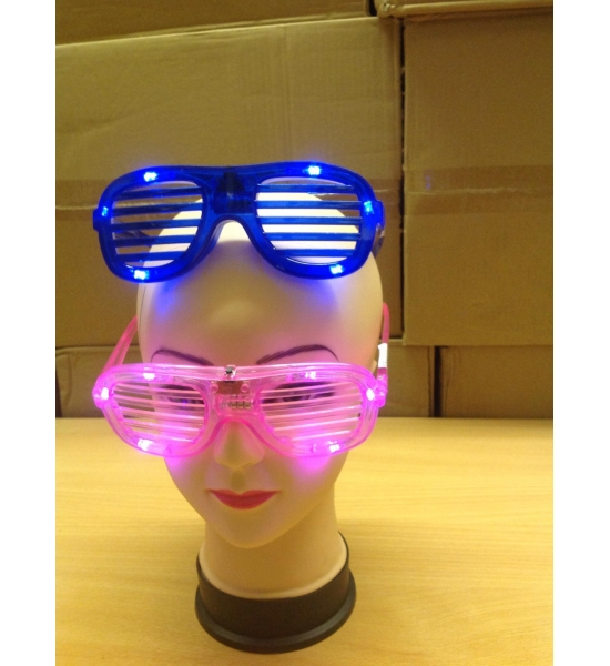 Light up flashing shutter shades blue white and red x 144