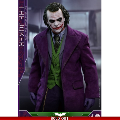 Hot Toys: The Dark Knight 1/4th scale The Joker Collectible Figure