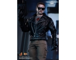 1/6 Hot Toys The Terminator T-800 Battle Damaged..