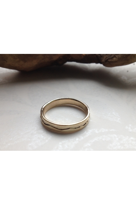 9 carat Gold Thin Band Ring, Mountains Gold Ring
