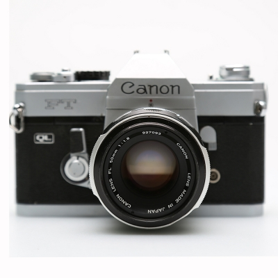Canon FT QL  35mm SLR Film Camera with 50 mm lens Kit