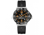 Tag Heuer F1 Black Dial Black Rubber Strap Mens ..
