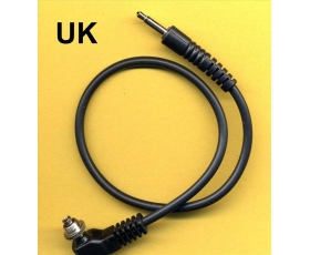 Male pc SCREWLOCK sync cord to 3.5 mm jack 30 cm