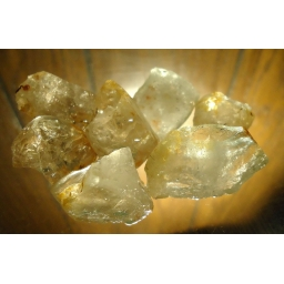 Topaz rough 75 Grams/370 ct..