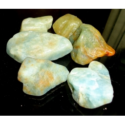 Aquamarine Rough 370 cts 25..
