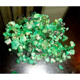 Colombian Emerald Rough 55 ..
