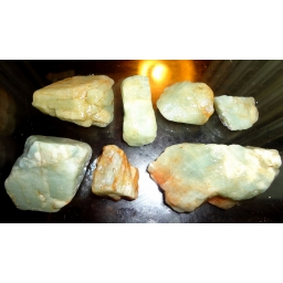 Aquamarine Rough 140 cts 15..