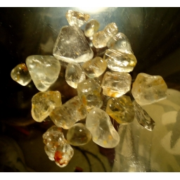 340 cts  5 to 20 mm Topaz r..