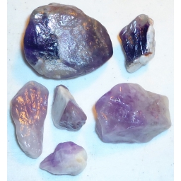 Amethyst Rough 400 cts 25 To..
