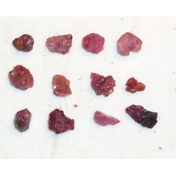 Natural Raw Ruby 10 cts 6 To..