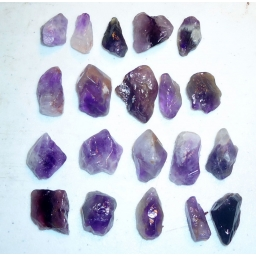 Amethyst Rough 400 cts 18  M..