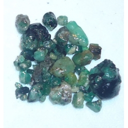 Emerald Rough 40 cts  2 To 1..