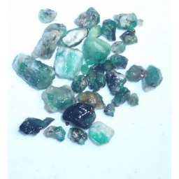 Emerald Rough 70 cts  5 To 1..