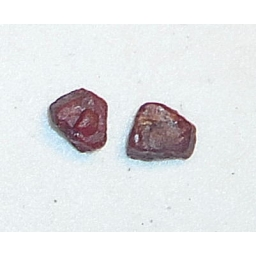 Ox Blood Ruby Rough 10 cts 1..