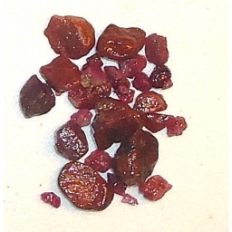 Ox Blood Ruby Rough 50 cts 5..