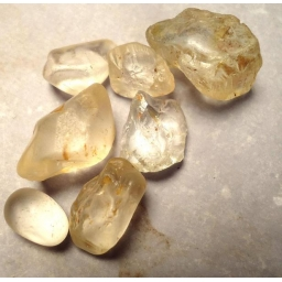 Topaz rough 80 cts  5 to 15..