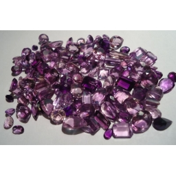 312 cts mixed faceted L..