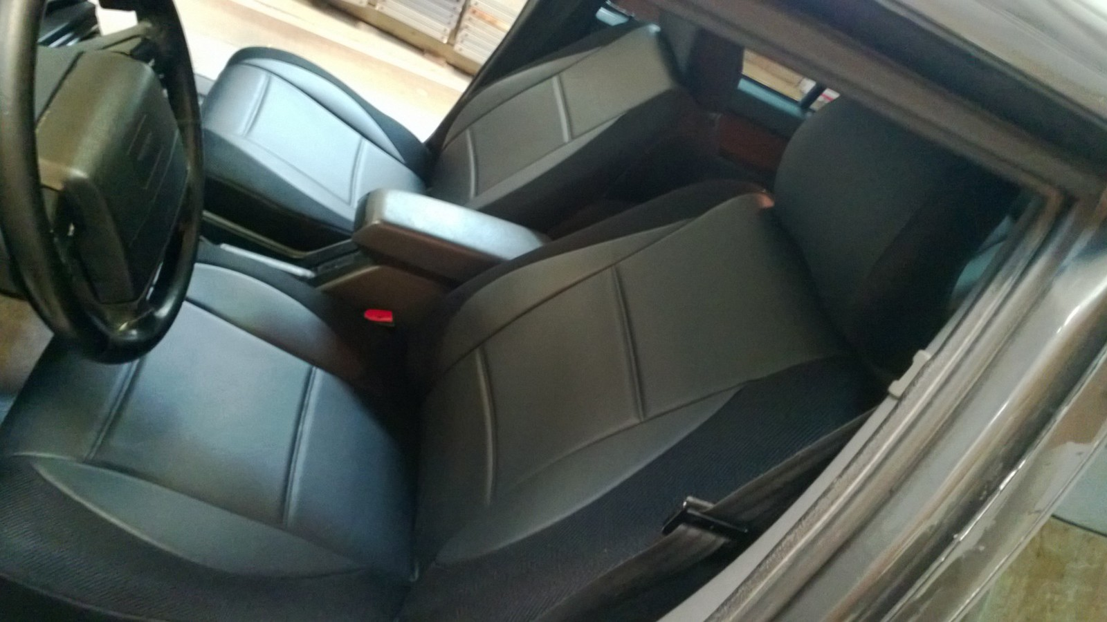 Ir V B additionally Maxresdefault likewise Parrot Ck Volvo S additionally Mw A together with Volvo V Dashboard. on 2004 volvo s40