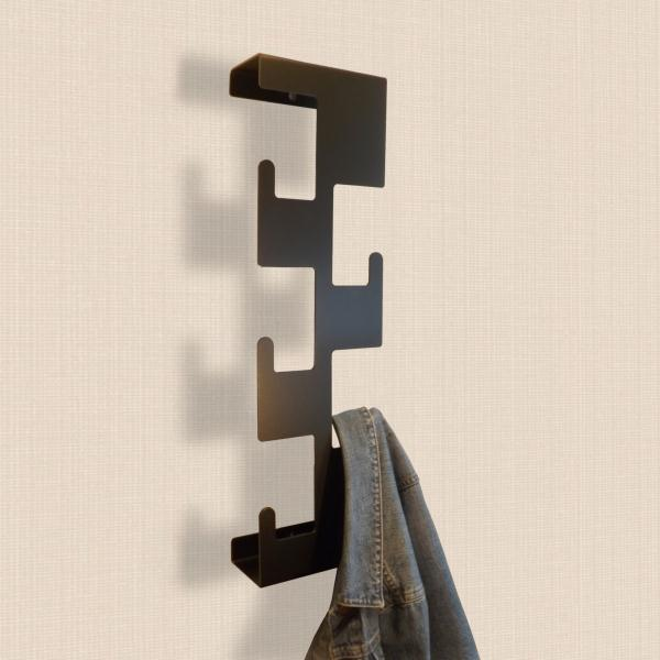 Retro Vertical Metal Coat Rack Black