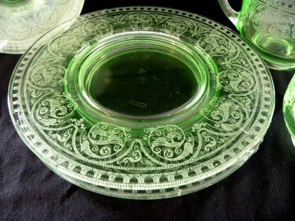 Uranium Green Vaseline Glass 8 Pieces Cream Amp Sugar