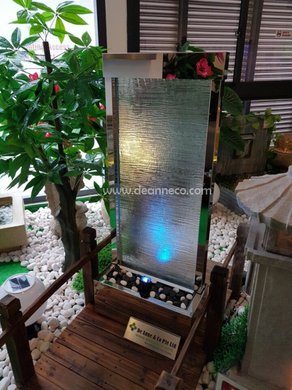120cm Freestanding Waterwall Fountain - Silver Mirror Polished Frame with  Texture Glass Panel