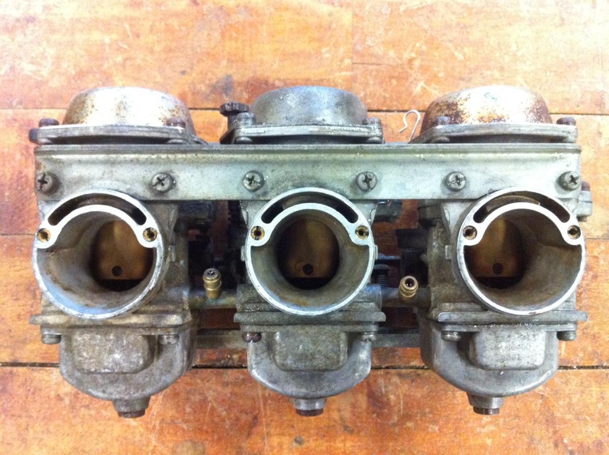1980-81 Yamaha XS850 Special Carburetor Bank