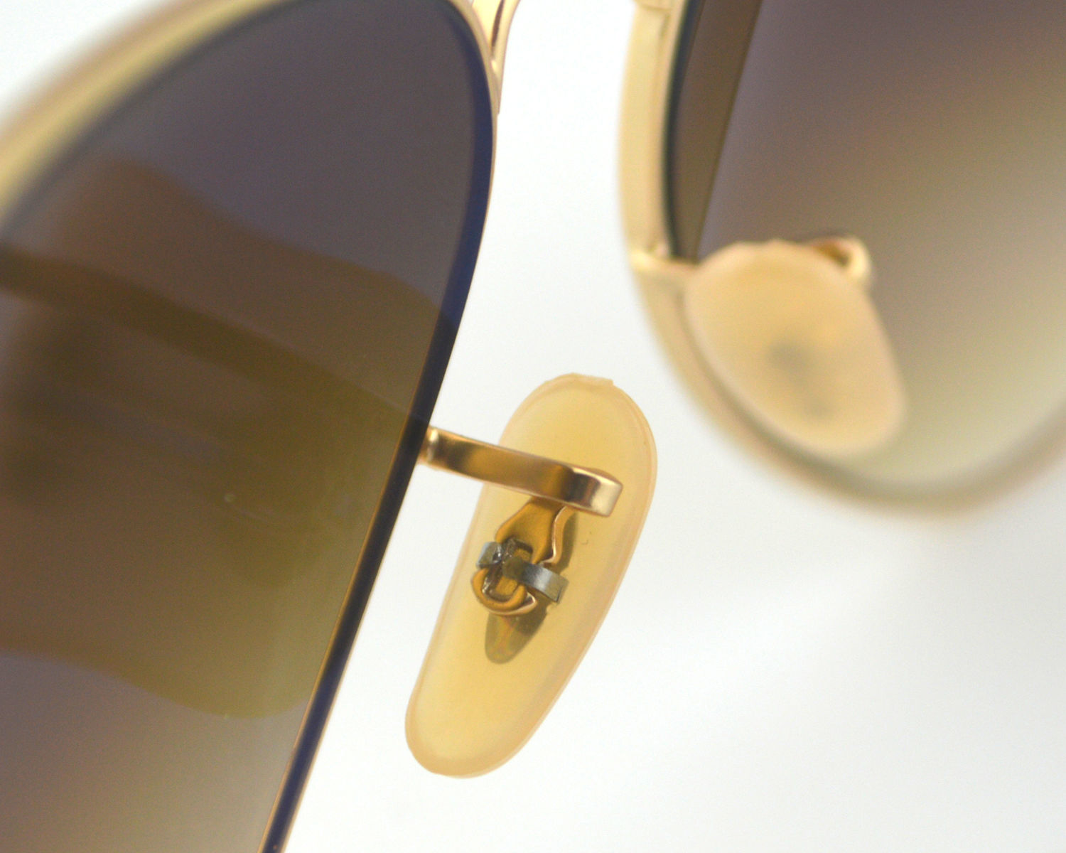 f78f79c019 Ray Ban RB3025 Aviator Brown Gradient 112 85 Gold Brown Gradient Glass Lens  Unisex Sunglasses 58mm