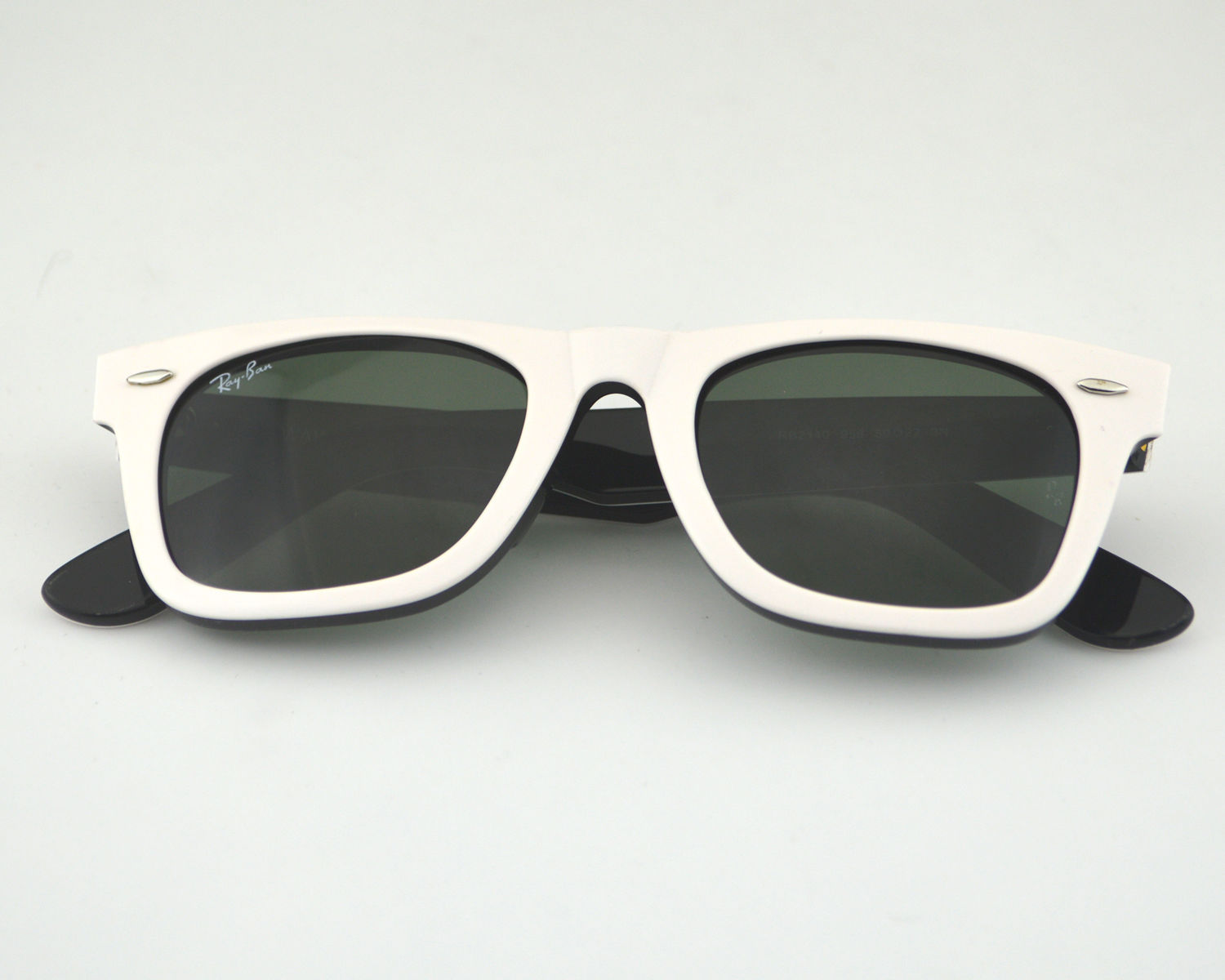 5b1a83ebd5b Ray Ban RB 2140 Original Wayfarer Rare Prints 956 White Black Glass Green  Classic G-15 Lens Unisex Sunglasses 50mm