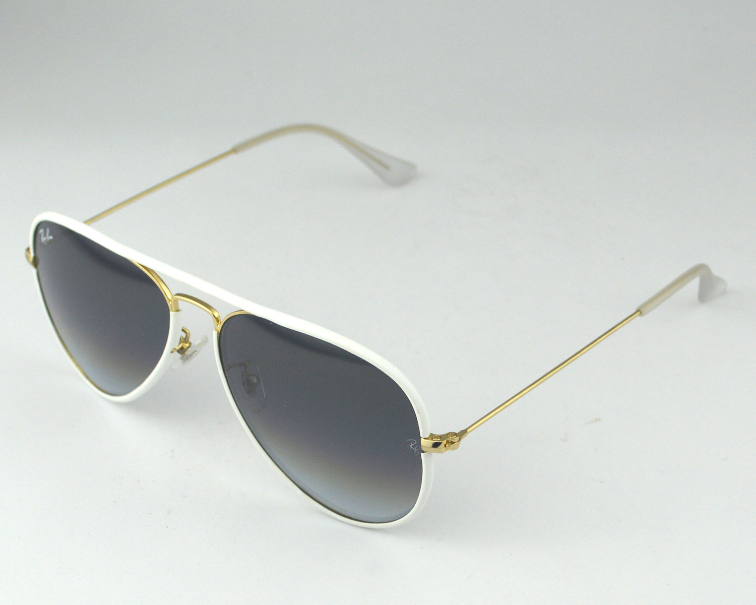 ea9caec50 ... reduced rayban rb3025jm aviator full color 146 32 white gold frame light  grey gradient lenses unisex