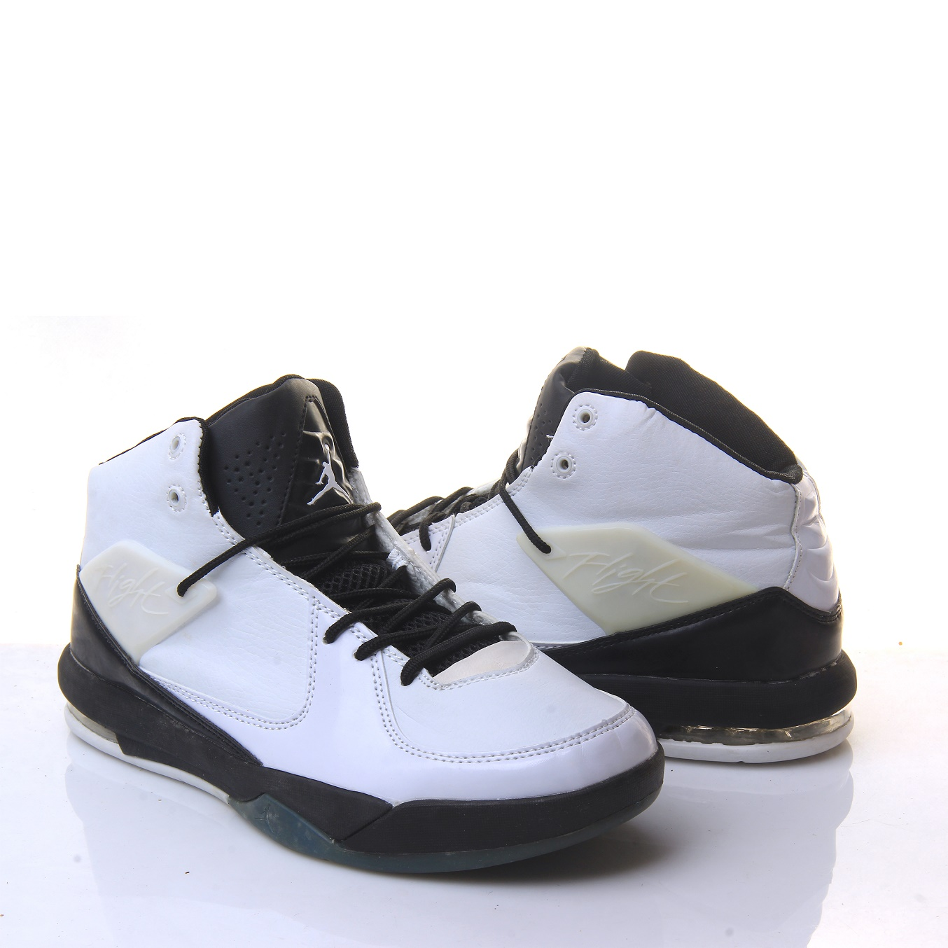 17d6ea3b9b15 Jordan Air Incline Men s Shoes White Black