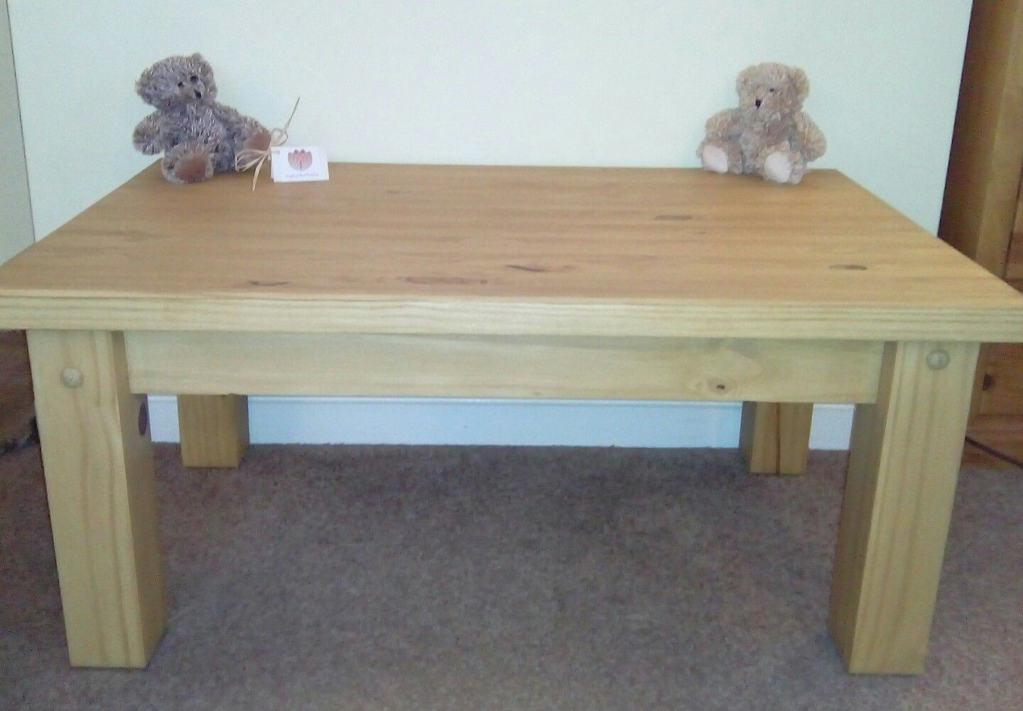 Solid Pine Coffee Table.Table Solid Pine Coffee Occasional Table