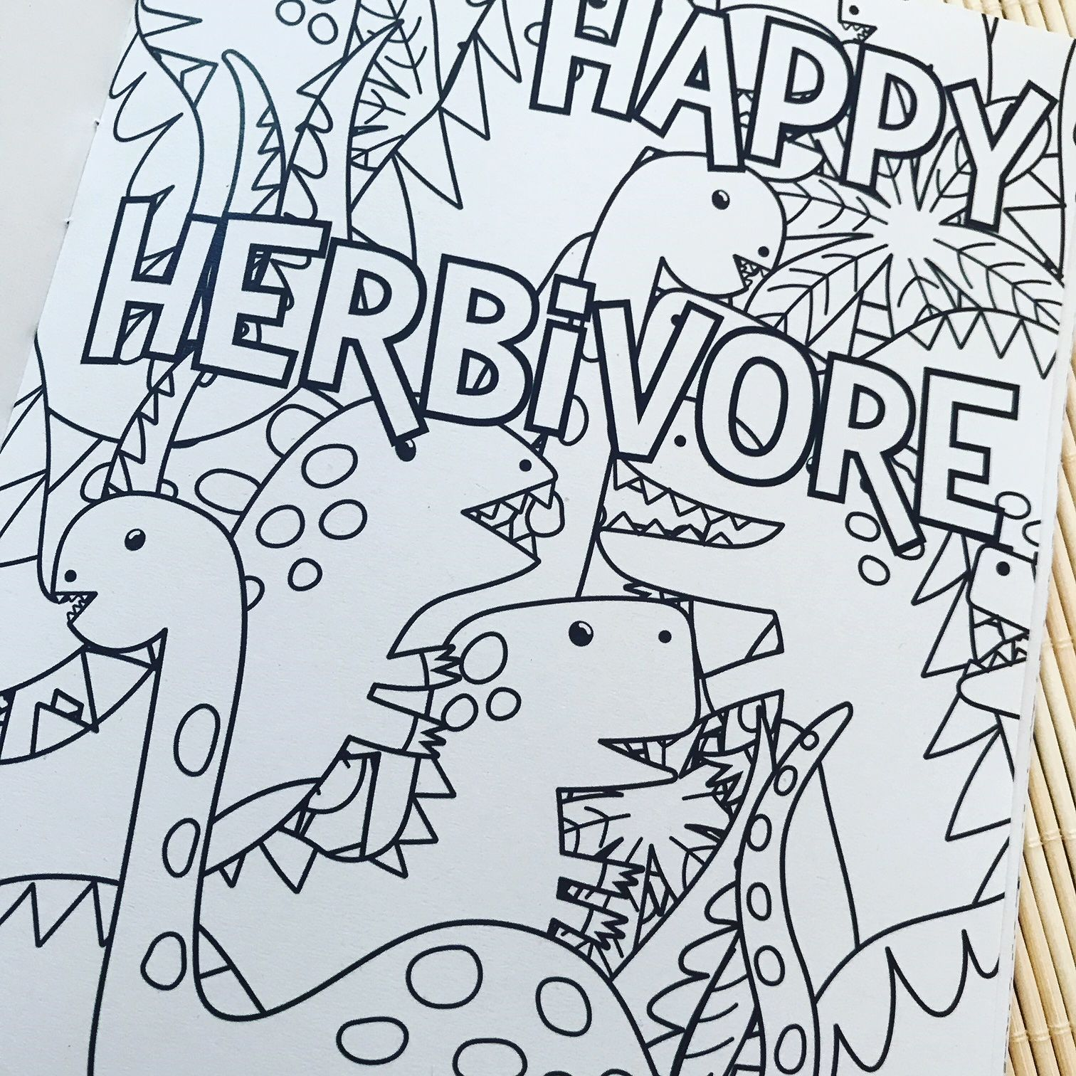 Love Vegan colouring book. 14 illustrations to colour. Writing ...