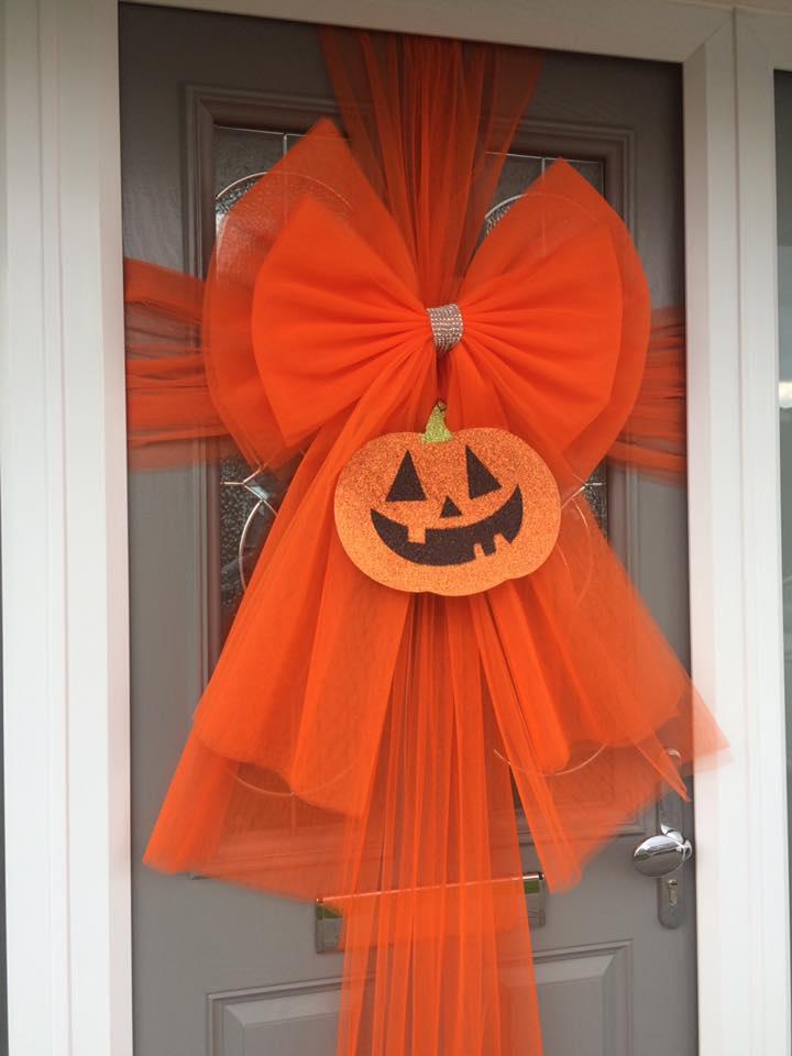 Halloween pumpkin bow & Home