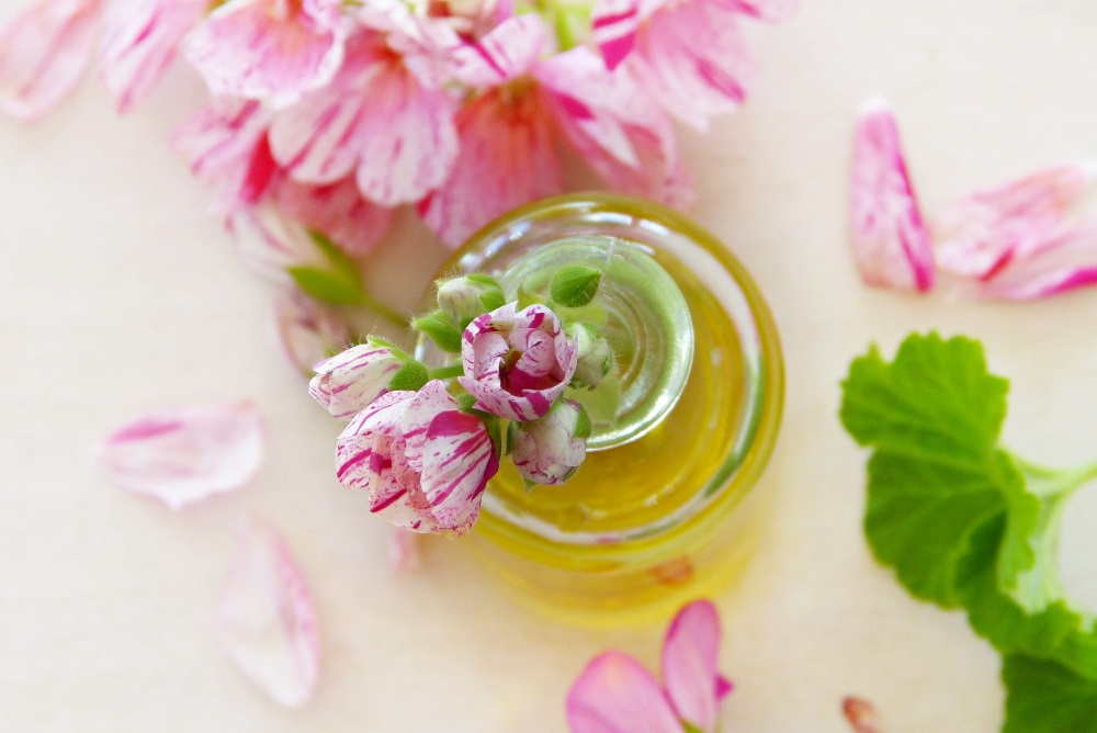 Getting Started With Aromatherapy - Easy Ways To Enjoy Essential Oils