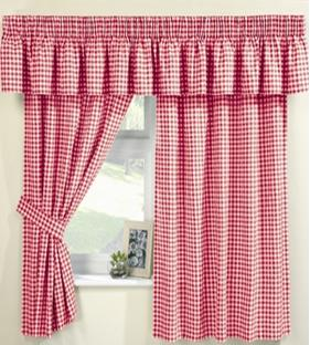 red gingham curtains at   perfectlyboxed