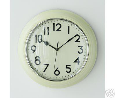 Retro Cream Wall Clock At