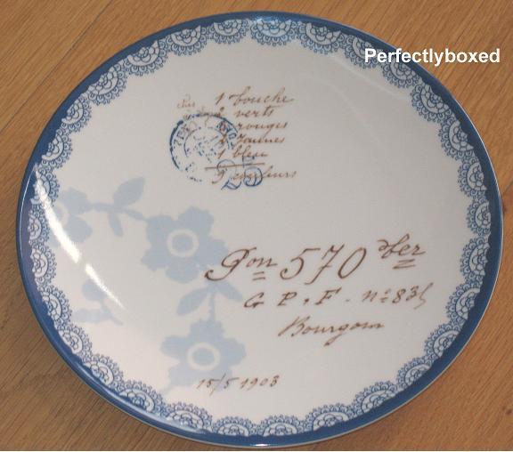 vintage floral blue plates. Black Bedroom Furniture Sets. Home Design Ideas