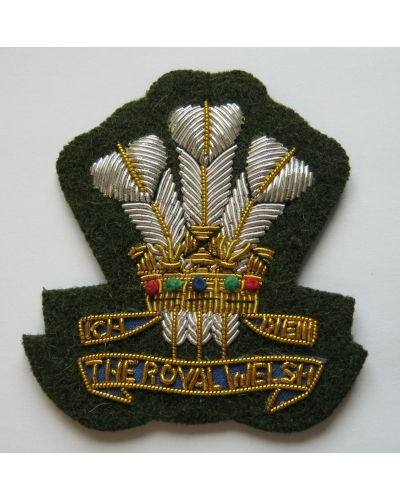 Royal Welsh Officers' Cap Badge