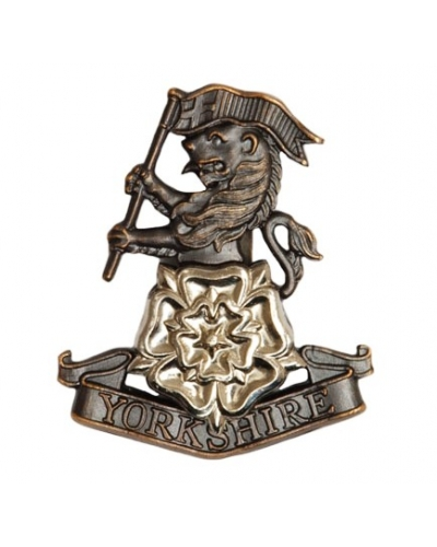 50 x Yorkshire Regiment Beret Cap Badge